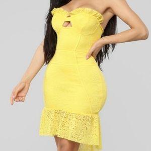 NWT Fasion Nova Naana Yellow Lace Strapless Dress
